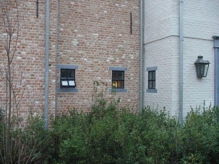 Oude klampsteen rijnvorm oude en verouderde bouwmaterialen exterieur pinterest gevel - Oude huis gevel ...
