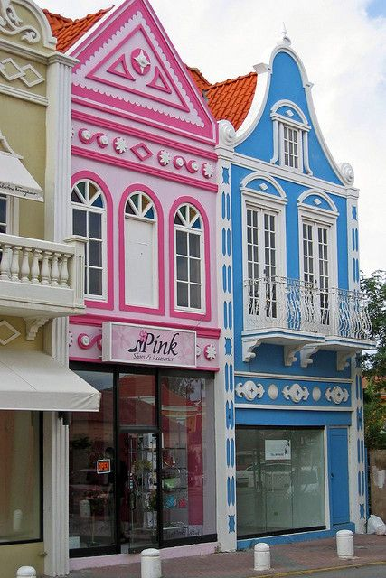 Love Aruba ~ want to go again!  Aruba Street  The buildings in Aruba are brightly painted and reflect their European heritage.