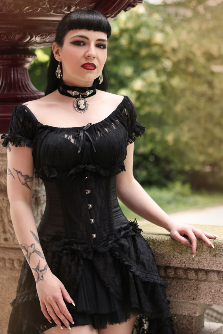Model: Silky Clothes: Burleska Corsets/ The Gothic Shop Jewellery: Neath the Veil Gothic Victorian Chokers Welcome to Gothic and Amazing |www.gothicandamazing.com