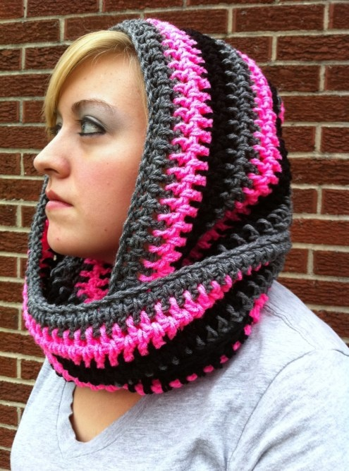 Free Crochet Pattern For Infinity Scarf With Hood : Scoodie Infinity scarfs, Hooded scarf pattern and Crochet