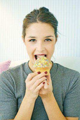 The cutest <3 > Badila Outgoing < Badila girl @ sweetheart cupcakes!