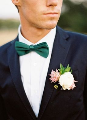 floral print, shabby chic, lace, ruffles, alternative, modern , indie, bow, groom, groomsmen, ties, day, details, green, kelly_green, winter, Florida