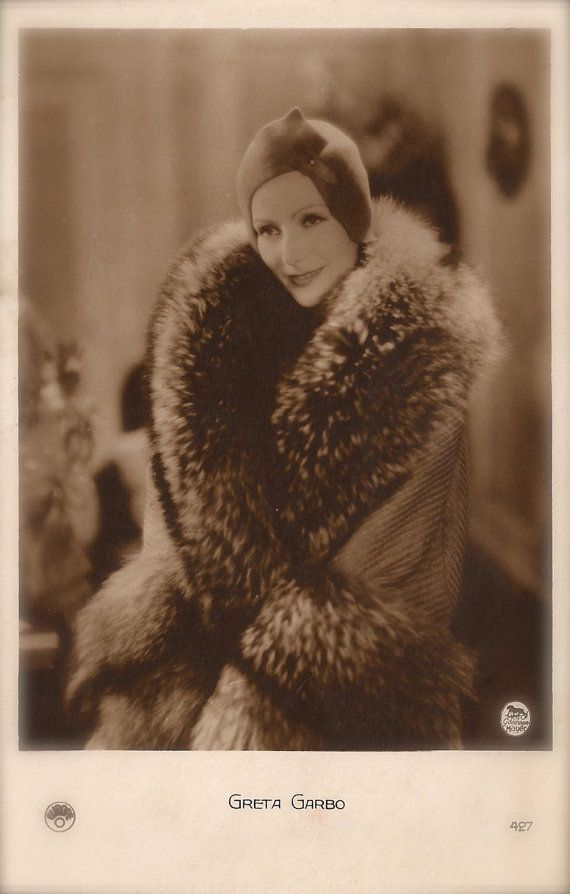 Greta Garbo, Famous Hollywood Swedish Actress Glamour Diva Portrait in Fur Coat Original Rare 1920s Art Deco French Collector Photo Postcard