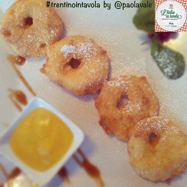 Il #dessert oggi ha il sapore squisito delle mele del #Trentino #italiaintavola #trentinointavola #italianfood #traditionalfood #apples #italy #italia