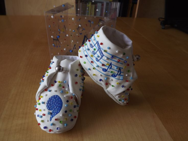 beaded baby shoes