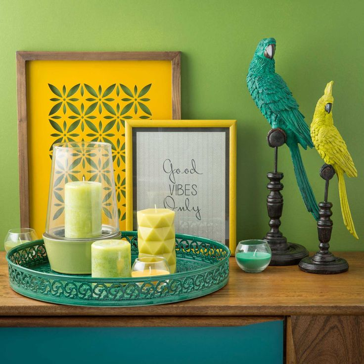 Statue perroquet en céramique verte H 43 cm URBAN BAHIA | Maisons du Monde