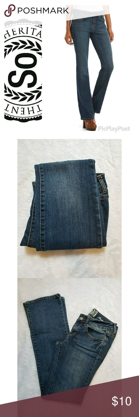 """Kohl's 'SO' Juniors Dark Wash Bootcut Jeans Kohl's exclusive 'SO' brand juniors dark wash bootcut jeans. Size 7 long. Great pre-owned condition, no visible flaws.  Approximate length (laying flat): Inseam - 31.5"""" SO Jeans Boot Cut"""