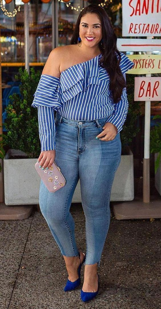 45 Plus Size Blouses To Look Cool And Fashionable 3