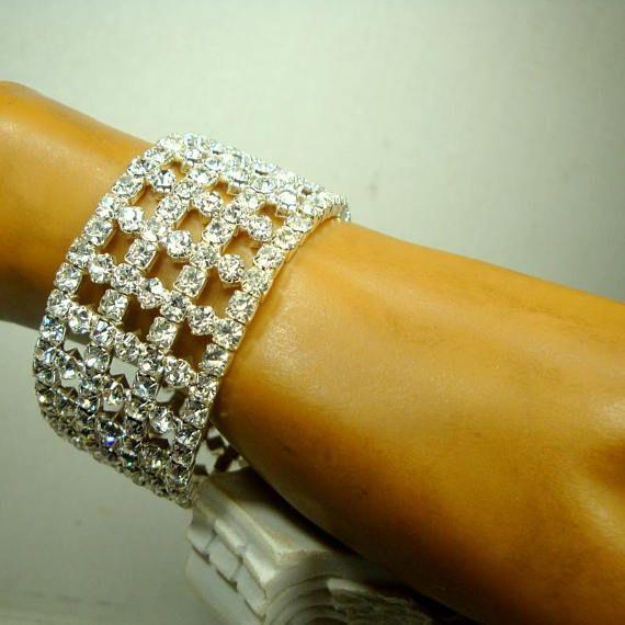 6f08a907b12 Vintage White Rhinestone STRETCH Bracelet Small Wrist VERY Sparkling  Lights, Prong Set, Stretch Bracelets