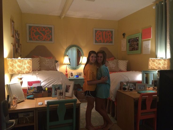 Ole miss dorm room college pinterest cute dorm rooms Dorm room setups