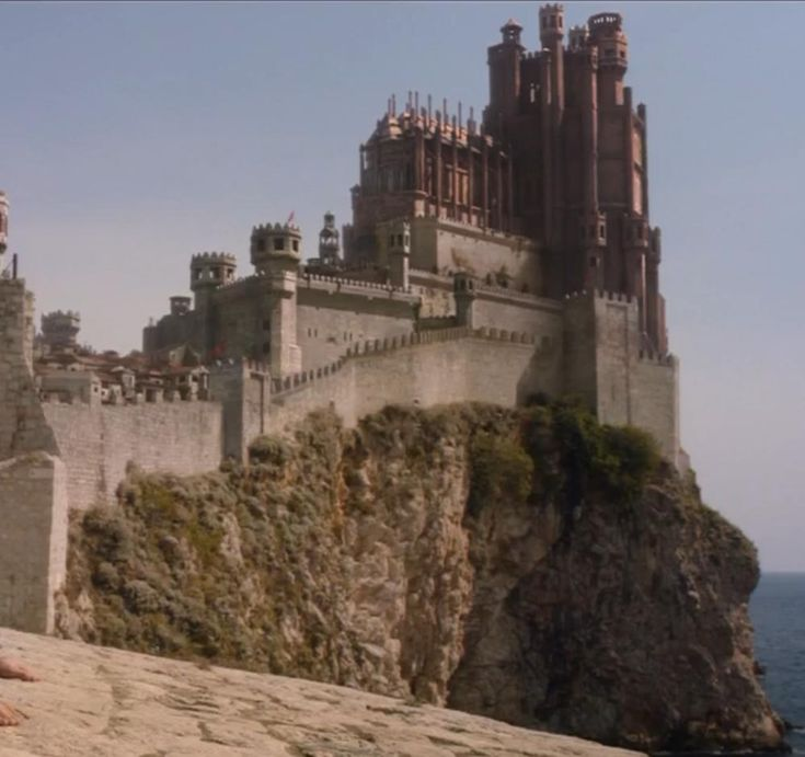 The Red Keep Castle at King's Landing,From here the King rules from the Iron Throne