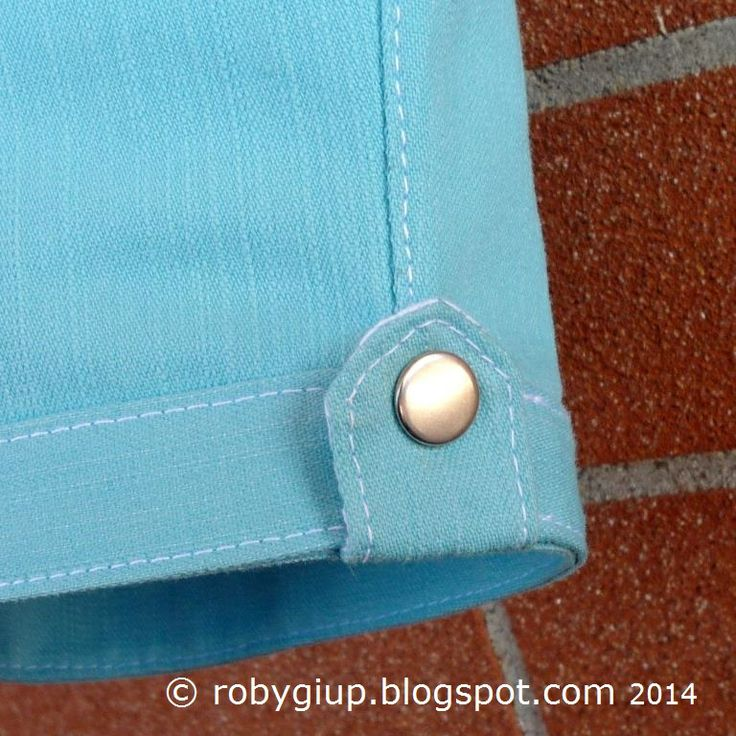 Pantaloncini da bimbo, dettaglio dell'aletta sul fondo - Boy shorts, detail of the flap on the bottom - RobyGiup handmade #sewing #clothing #boy #shorts