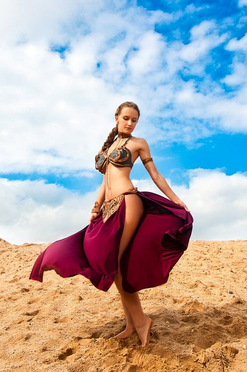Slave Leia: Stars War Cosplay, Princessleia, Slaveleia, Slave Leia, Scifi, Funny Photos, Costumes Ideas, Starwars, Read Princesses