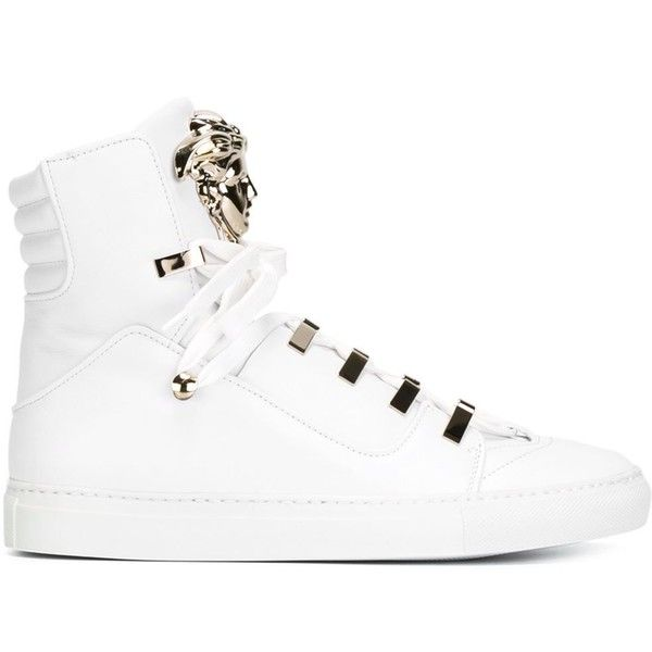 Versace Medusa hi-top sneakers (1 565 AUD) ❤ liked on Polyvore featuring shoes, sneakers, white, flat sneakers, white high top shoes, white shoes, flat shoes and leather shoes