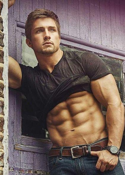 Bodybuilder Beautiful Profiles - Colby Tucker (2)