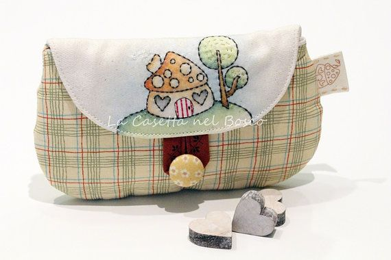 Tiny Woodland Little House  Handmade pouch di LaCasettaNelBosco, €32.99