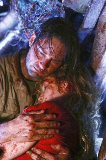 did u cry??????? Still of Josh Holloway and Elizabeth Mitchell in Lost