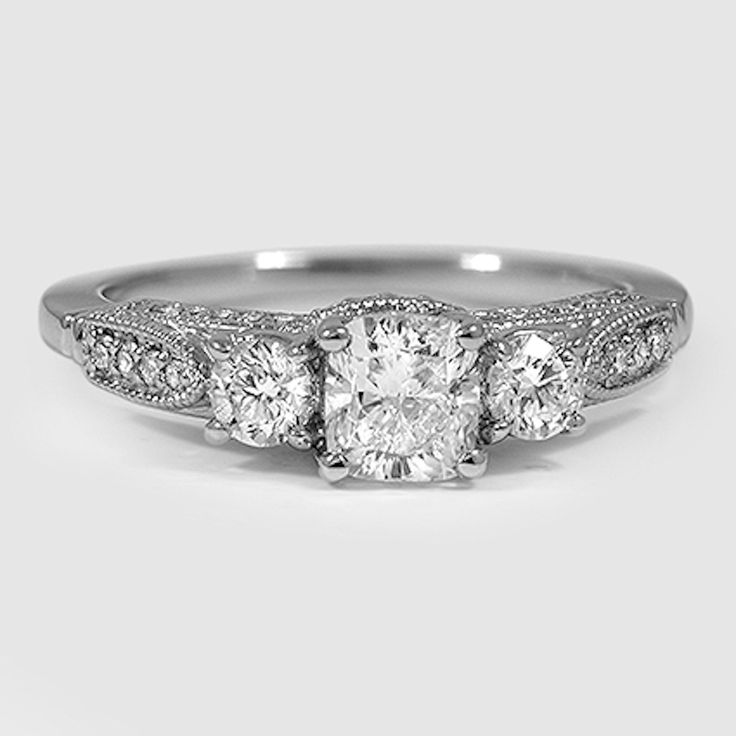 18K White Gold Three Stone Heirloom Diamond Ring (1/2 ct. tw.)