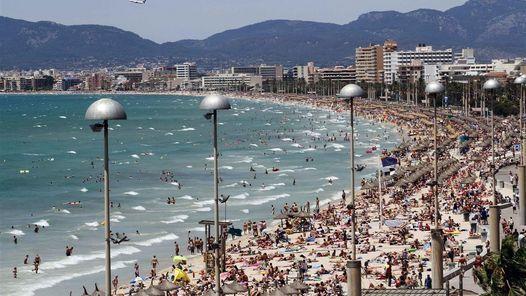 Playas de Italia y España, bajo alerta de atentado, según un diario alemán