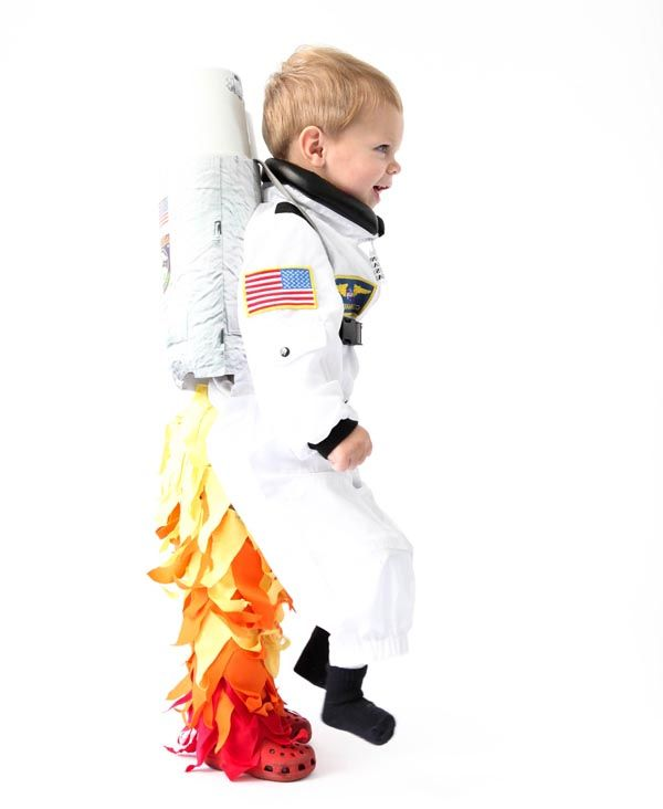 die besten 25 astronaut kost m ideen auf pinterest raum kost me jet pack und weltraum feier. Black Bedroom Furniture Sets. Home Design Ideas
