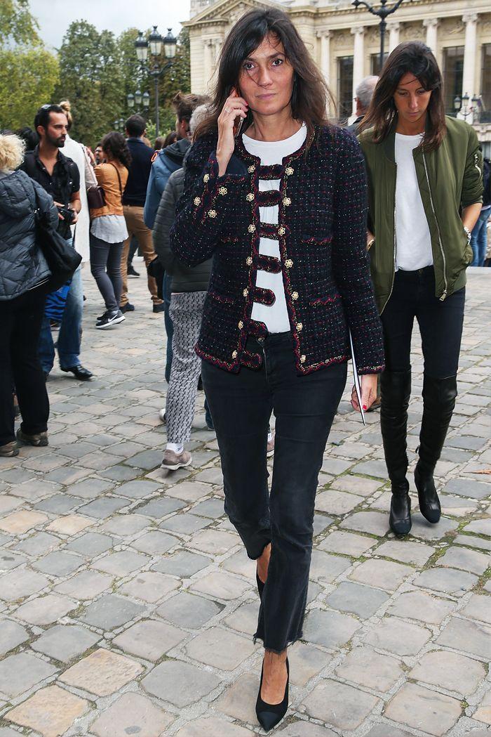 The Parisian Way to Create a 5-Piece Capsule Wardrobe