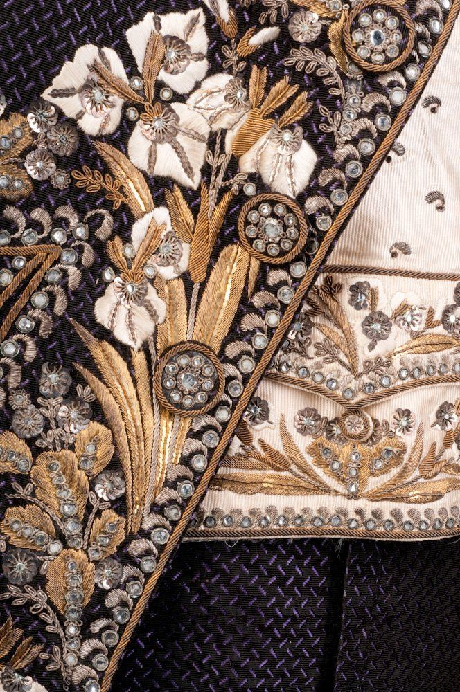 Court suit  Uncut voided silk velvet, silk faille, silk embroidery floss, gold & silver embroidery purl & frieze, rhinestone & metal sequins  c. 1810-14  Paris, France