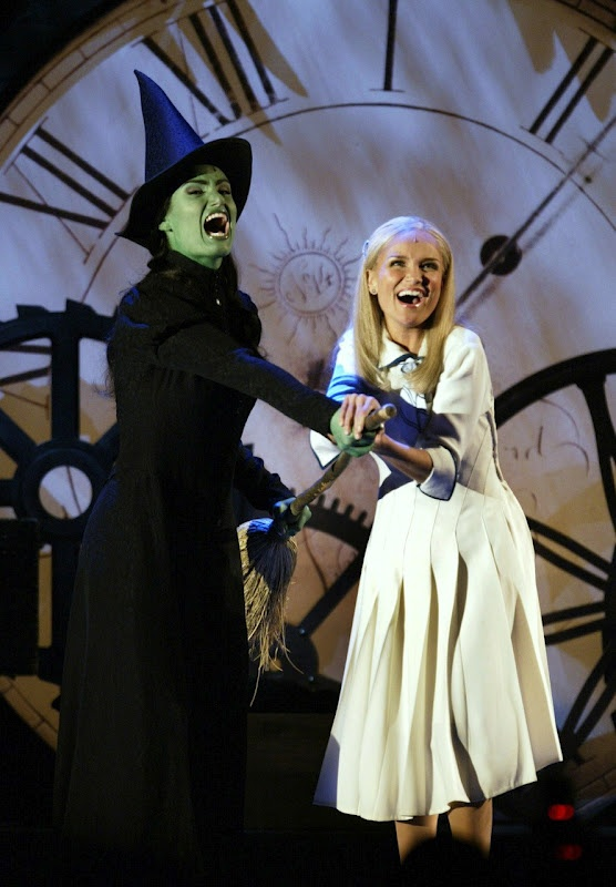 Kristin Chenoweth and Idina Menzel... to see these two reprise their roles would be a dream come true !!