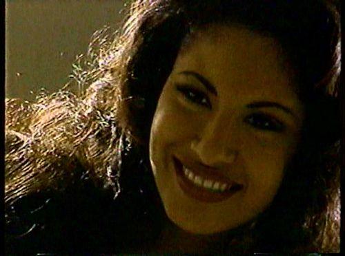 "Selena | Selena during her ""Agree Shampoo"" photoshoot, one o… | Flickr"