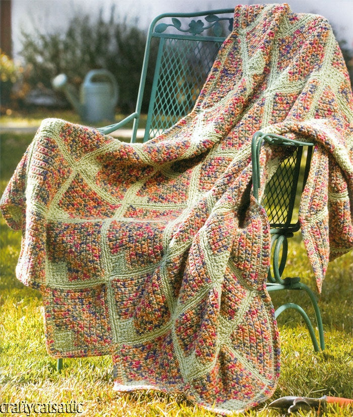 Crochet Afghan Pattern Variegated Yarn : Afghan varigations - 7 gorgeous variegated yarn afghans ...