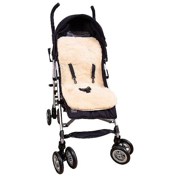 Pelle di Agnello per Passeggino Materassino. E' sagomata a adattabile ad ogni tipo di passeggino grazie alle apposite fessure per le cinture di sicurezza. E' predisposta anche una fessura per le cinghie di sicurezza.