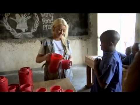 Christina Aguilera PSA for the World Food Program and Hunger To Hope (Light Up The Sky) - YouTube