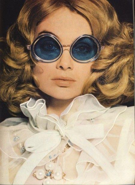 Jean Shrimpton by David Bailey, Sunglasses Corocraft, Vogue UK, March 1968
