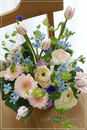 『【今日の贈花】ブルーが可愛い!』 http://ameblo.jp/flower-note/entry-11779296184.html