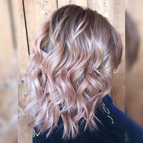 Sooo... I have no regrets posting another Rose Gold that I did I love the #preciousmetals collection from @pravana #hairbyjmasquat #pravana #theresonlyone #balayage #beachbabe #beachywaves #rosegold #rosegoldhair #chromasilk #expresstones #haircut #healthyhair #joncarlos #modernsalon #mastersofbalayage #nevo #olaplex #salon #summer17 #shearcraft #summerhair #temecula #temeculahair #temeculasalon