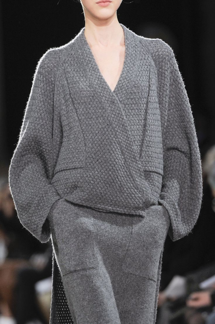 71 details photos of Allude at Paris Fashion Week Fall 2014.