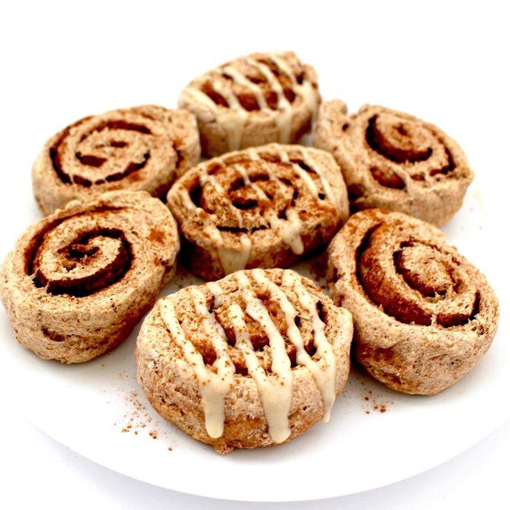 Healthy, 70-calorie cinnamon rolls ready in 30 minutes or less! #vegan #wholewheat #lowcalorie #veganbreakfast |…