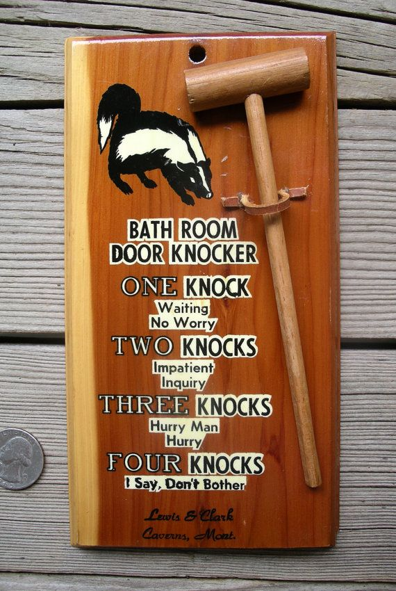 Vintage Bathroom Door Knocker Wc In Use Sign Skunk