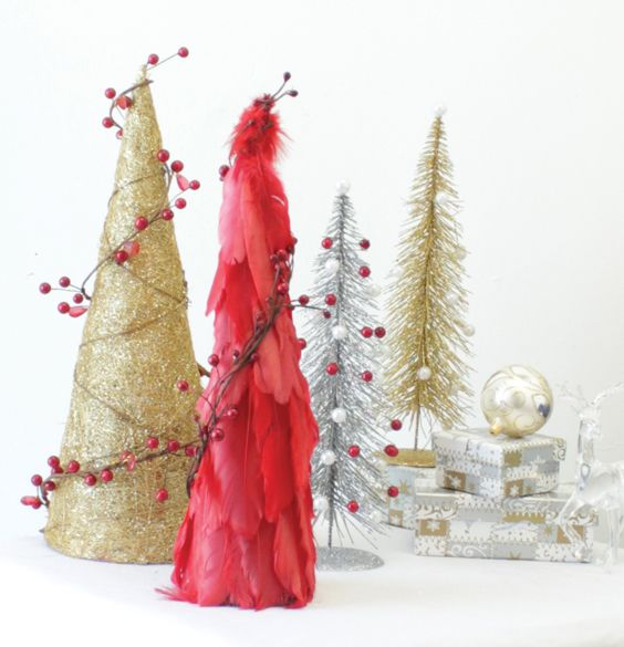 DIY Feather Christmas Tree Accessory