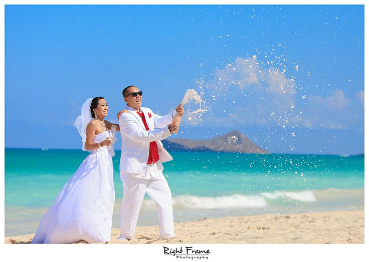 www.rightframe.net - Beautiful Destination Waimanalo Beach Wedding in Oahu. photography, photographer, weddings, photos, bride , groom, hawaiian, romantic, ideas, Bellows, Lanikai, couple, bouquets, lei, champagne.