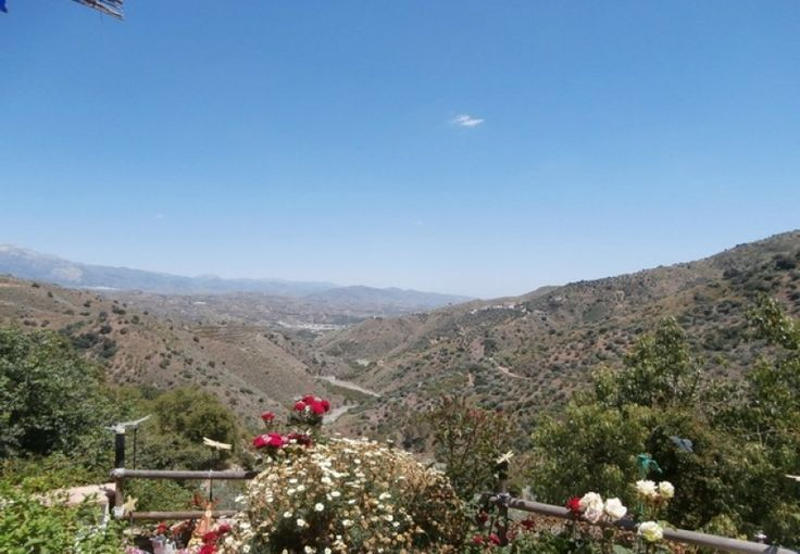 Views from this Country Home 3 bed in Comares, Malaga Spain. Click to see what the property looks like. Ref AS2827