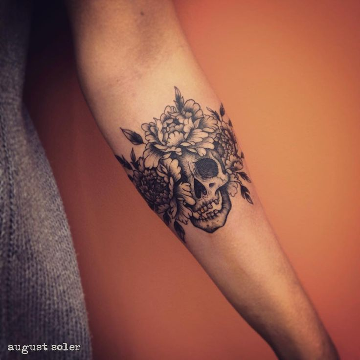Yaaas this next tattoo !! Or something like this great !