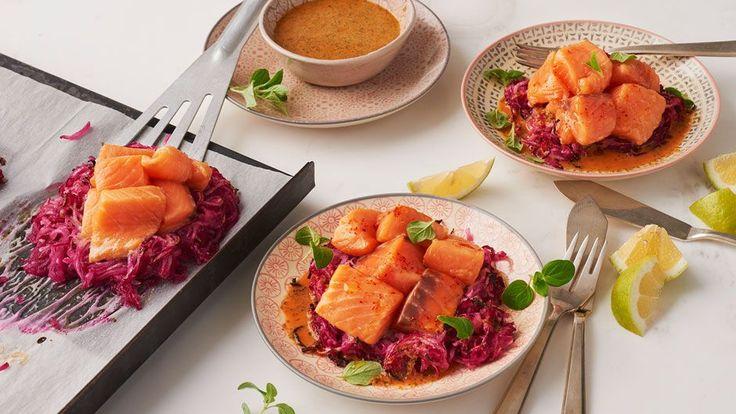 Aber nur für die Zubereitung. Essen können Sie die gesunden rosa Zwiebelspaghetti auch ohne. Unser Kolumnist hat die diese Pasta-Alternative in einem Moskauer Luxusrestaurant entdeckt