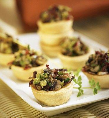 recetas-tartaletas-con-champinon-ajos-tiernos-y-jamon-serrano