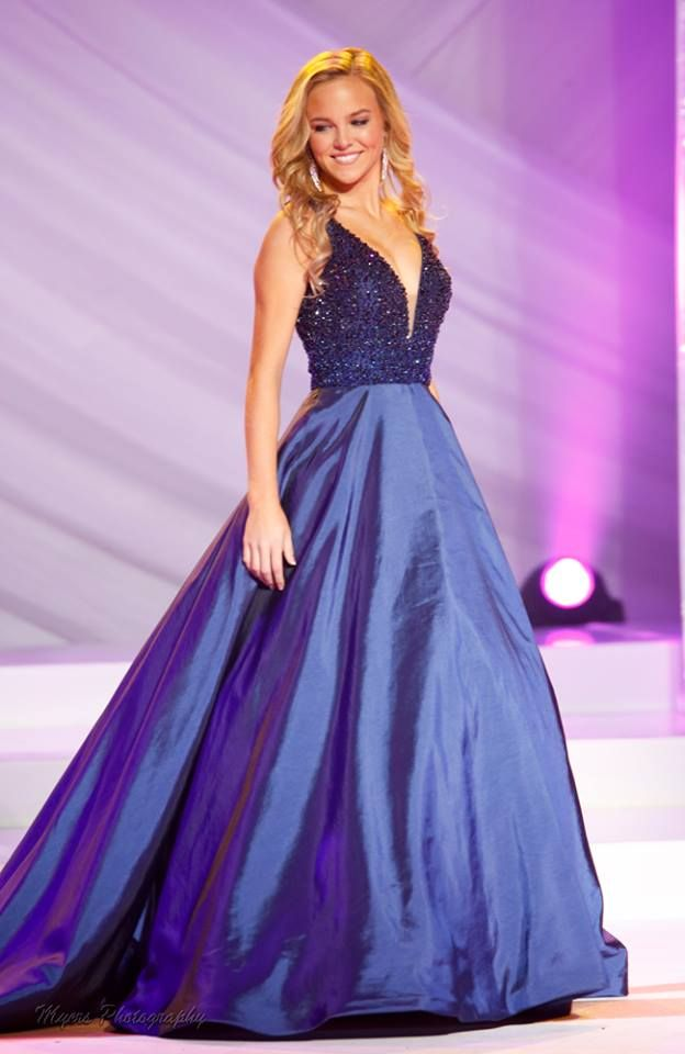 Miss Virginia Teen USA 2016 Evening Gown: HIT or MISS | http://thepageantplanet.com/miss-virginia-teen-usa-2016-evening-gown-hit-or-miss/