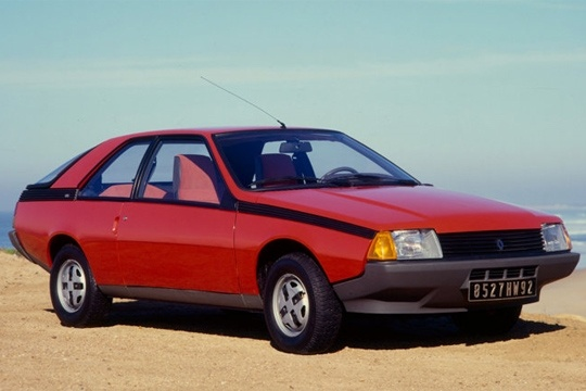Renault Fuego. My best friends Dad had one of these when I was a kid - always jealous!