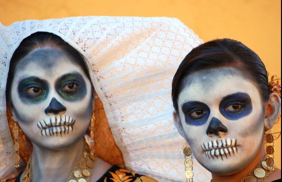 National Geographic slideshow of Day of the Dead!