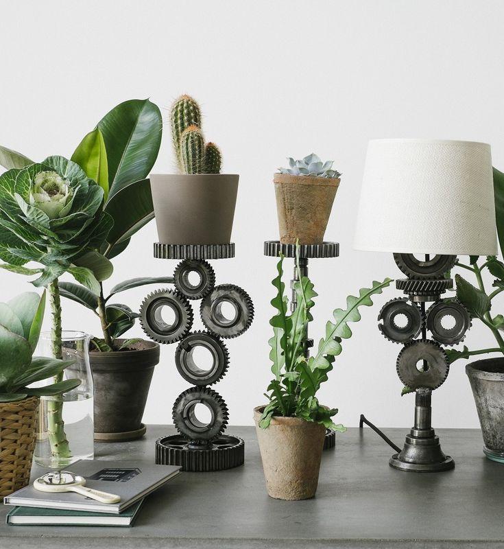 REC.ON - designerskie lampy z samochodowych części