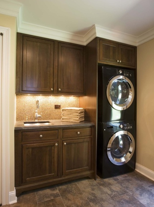 IDEAL; wash room, stacked washer & dryer, sink