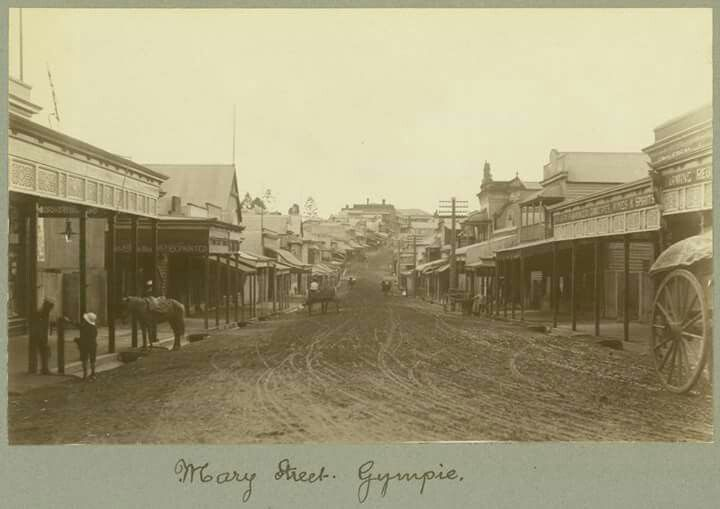 Mary Street,Gympie after the winter rains in 1908.