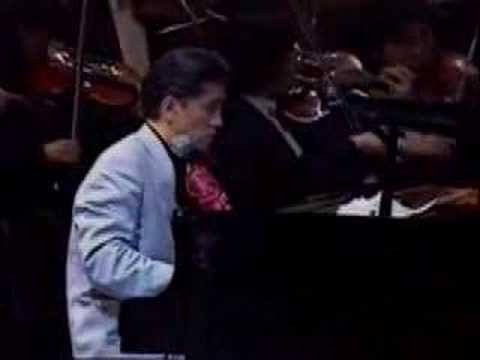 "The theme of movie ""The Last Emperor"" 1987 Composed by Ryuichi Sakamoto  -------------------------------------- ""SAKAMOTO PLAYS SAKAMOTO"" concert at NHK hall 04/10/1988  Jiang Jian-Hua (erhu), Jiang Xiao-Qing (guzheng), Tao Jing-Yin (pipa), Ryuichi Sakamoto (piano), Naoto Otomo (conducting) and Tokyo Symphony Orchestra -------------------------------------- 06/26/1988 aired in Japan"